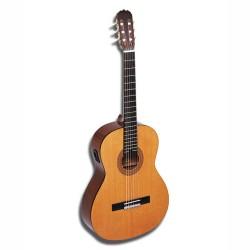 Hohner HC 06E-n- електроакустична класическа китара